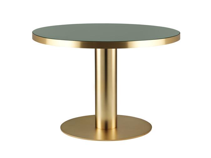 Gubi 2 0 Dining Table Round Glass Brass Base Kupit Dizajnerskij Stol V Magazine Eksklyuzivnyh Predmetov Interera Boligus